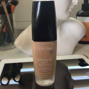 Lancôme renergie lift makeup